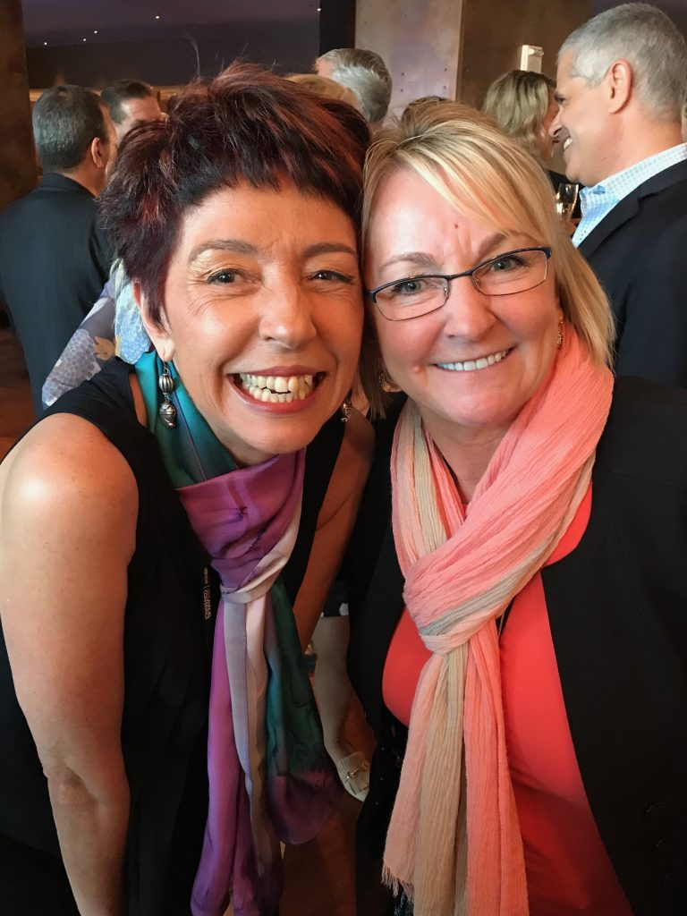 Futurista Beia Carvalho e Pam Dunn, diretora do programa global de influenciadores da SAP, no Influencer MKT Program Cocktail, SAPPHIRE NOW 2017
